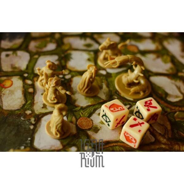 Настольная игра О Мышах и Тайнах (Mice and Mystics)